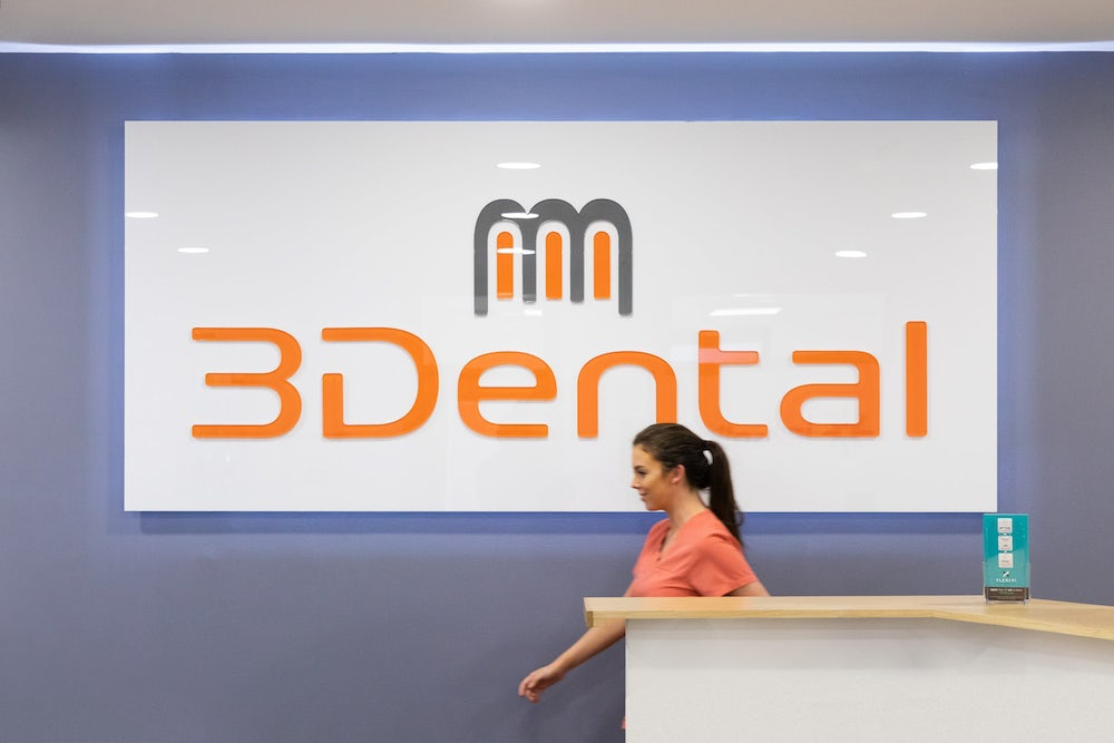 3dental reception area